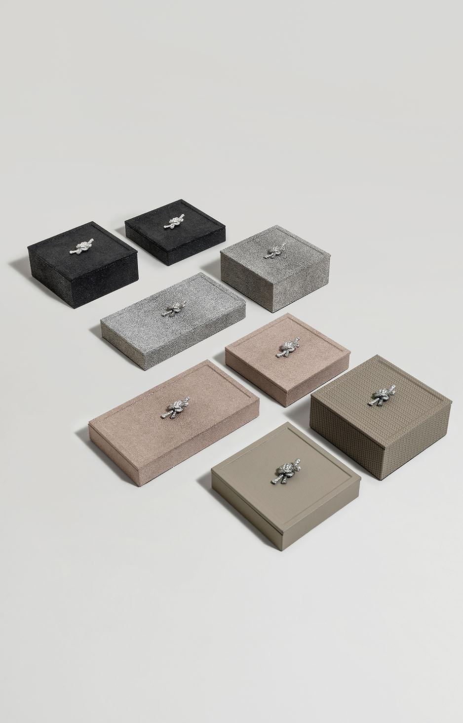 LIVING PINETTI BOXES