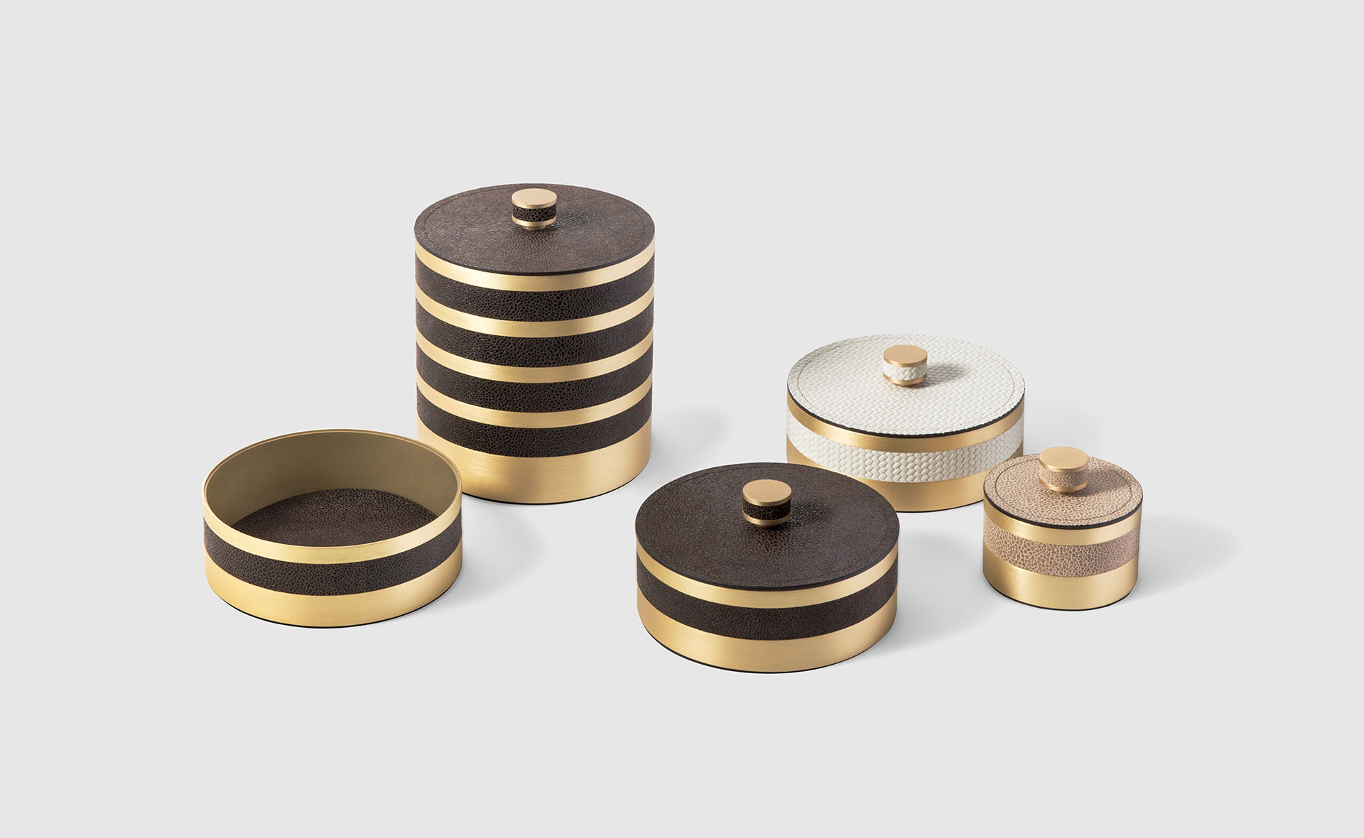 LIVING PINETTI ROUND BOXES