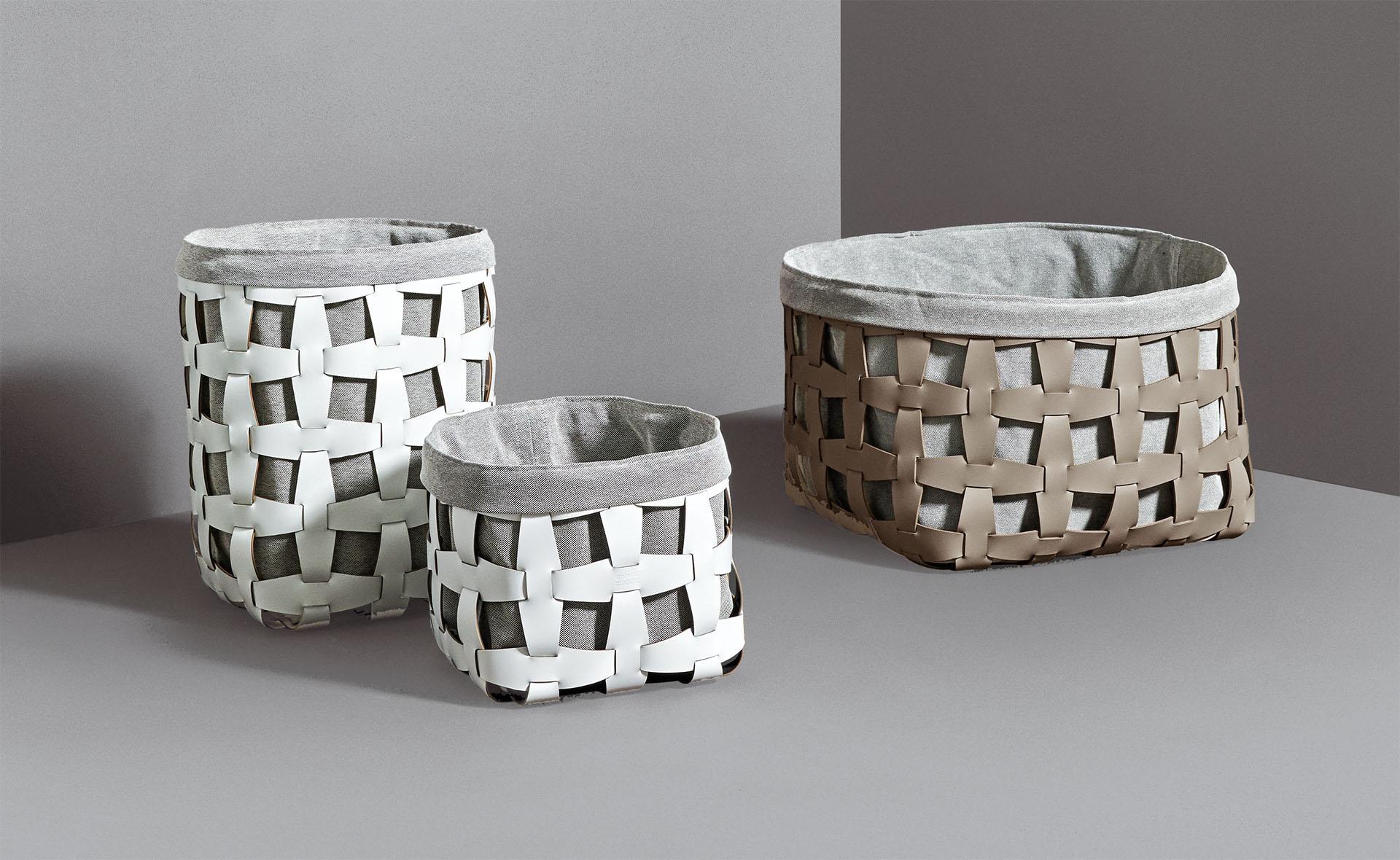 Storage pinetti chests