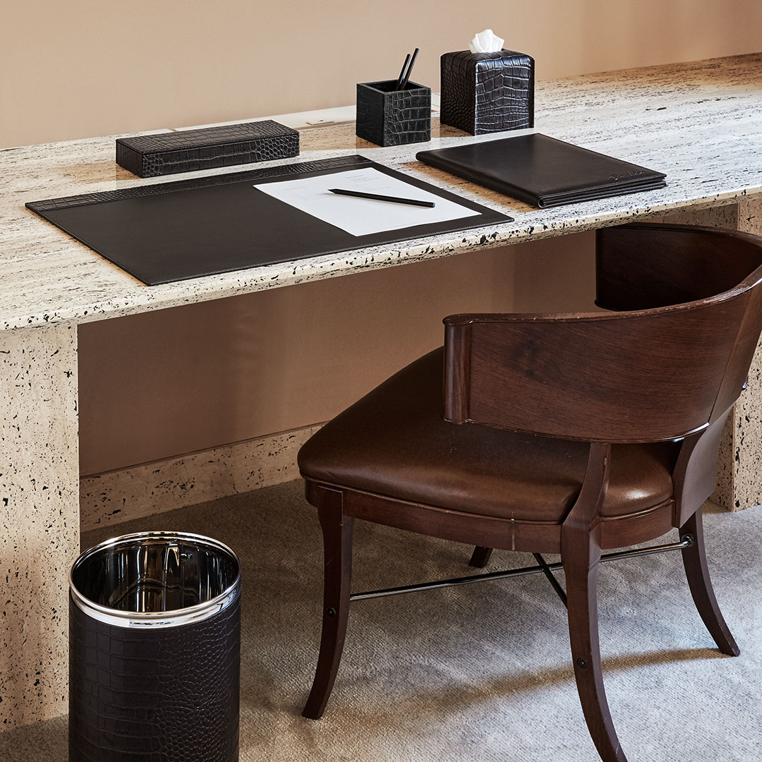 HOTELLERIE & RESTAURANT - HOTEL DESK PINETTI